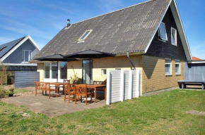 Four-Bedroom Holiday Home Doggerbanke 08