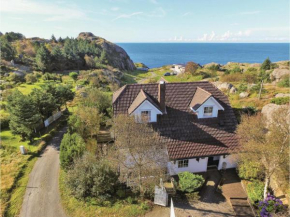 Three-Bedroom Holiday Home in Egersund