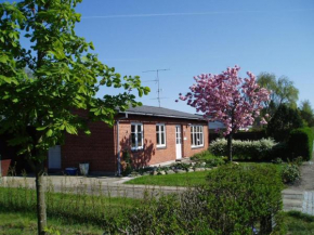 Holiday Home close to the woods Louis Nielsensvej 098611