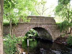 Alte Eiderbrücke (Foto: Touristikgemeinschaft Mittelholstein e.V.)